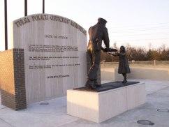 Memorial-Oath-on-wall-006